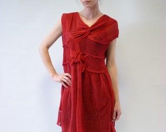 Sale, new price 50 EUR, original price 66. Feminine red linen tunic, M/L size.