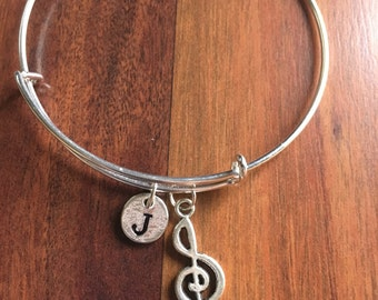 KIDS SIZE - Treble clef initial bracelet, music bracelet, treble clef, gift for musician, music teacher gift, band jewelry, musician jewelry