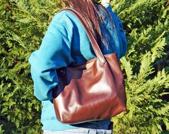 Brown Leather Tote Bag * Handmade Leather Purse* Genuine Leather * With Handy Inside Pocket * Heavy Duty Black Thread.