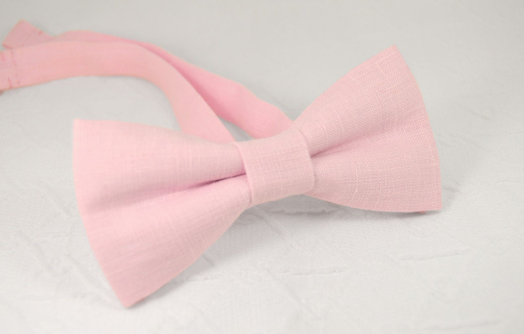 light pink bow tie pale pink bow tie pink wedding bow tie