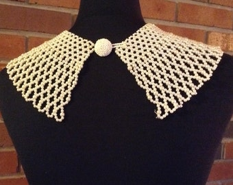 Pretty Vintage Beaded Collar / Necklace / pearly white beads