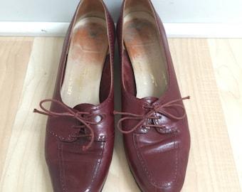 Salvatore Ferragamo Vintage Oxford style Heels Size 7.5