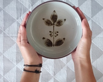 Bowl | rustic kitchenware | floral, retro, grey, brown