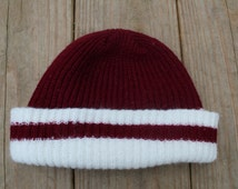 90s Beanie / Striped Maroon & White / Shallow Toboggan / Acrylic Knit Cap / Two Tone Color Block