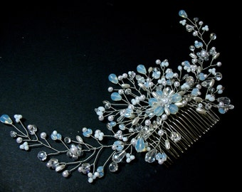 """The comb is similar to a wreath for the bride -"""" Bellissima"""""""