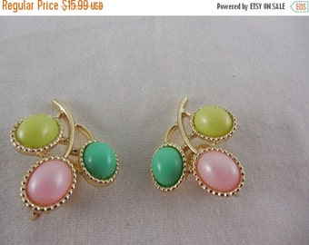 "ON SALE Vintage 1967 Sarah Coventry ""Candyland"" 3 Color Cabochons Clip On Earrings"