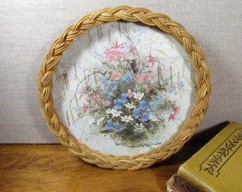 Small Melamine and Wicker Round Tray - Spring by Christopher Scales
