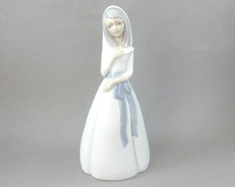 Vintage Porceval Porcelain Girl Figurine, Lladro Style, Veiled with Blue Ribbon Dress, Made in Spain