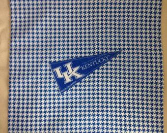 "University of Kentucky ""Wildcats"" 16""X16"" Pillow Case/Cover"