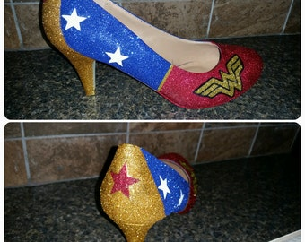 """Wonder Woman Sparkly Glitter Heels 3"""" Heel"""