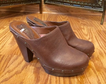 Free shipping vintage zodiac brown vegan leather platform clog ssize 7.5