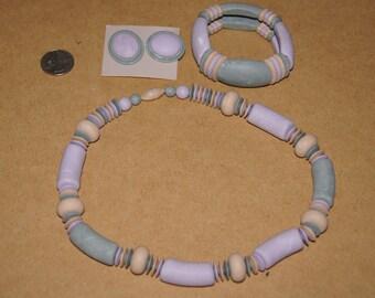 Vintage 1980's- Ceramic Jewelry set - 3 pieces - Pastel