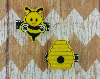 Bee hair clips, Bumblebee hair clips, toddler hair clips, hair clips, felt hair clips, Bee Hive hair clip, baby hair clips, cute hair clips