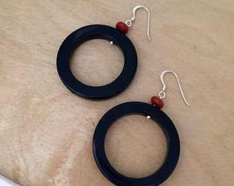 Sterling Silver Black And Red Agate Earrings