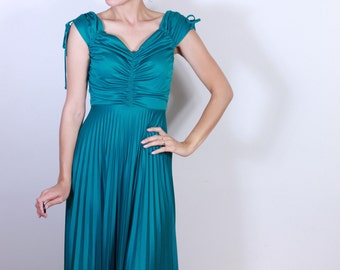 1970s Turquoise Pleated Party Dress