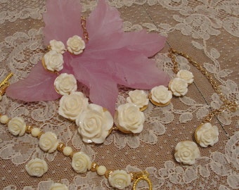 Ivory Rose Necklace Set