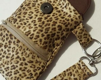 Leopard print Quilted Phone case wristlet with earbud pocket