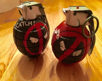 Deadpool's Comic Grenades  Prop Toys with light and sound
