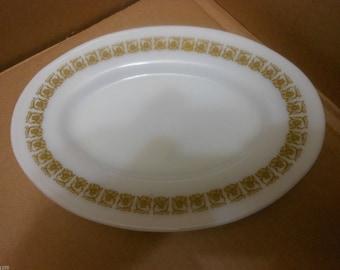 Vintage 1970's Pyrex # 794-14 Oval Tableware Gold Tiburon Flora Pattern