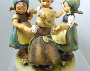 Hummel Ring Around The Rosie 348 Porcelain Figurine 1957