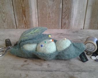 Pea pod pincushion and needle case