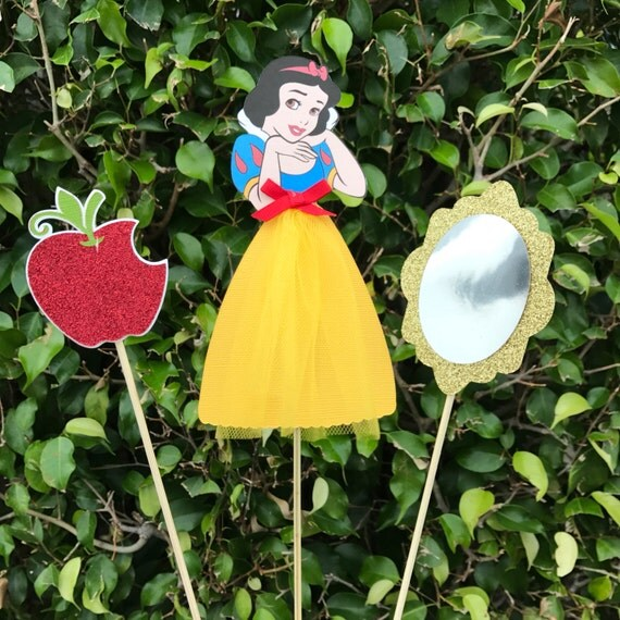 Snow white birthday decor centerpieces disney