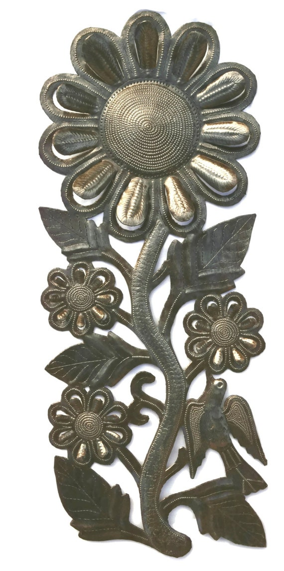 """Sunflower, Recycled Metal Art, Handcrafted in Haiti 8"""" x 11.5"""""""