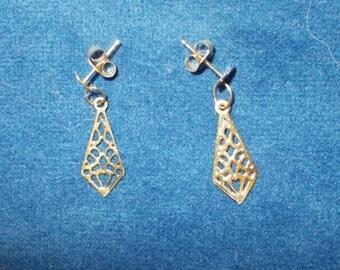 Solid 14K yellow gold latticework dangle earrings