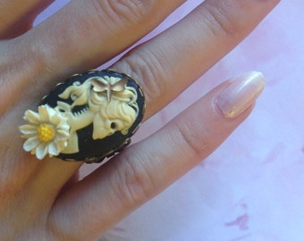 Cameo Adjustable ring lady skull and Margarita