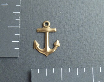 10 k gold anchor charm