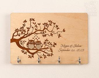 Wall Key Holder wood key rack custom key holder Owl Anniversary Gift Engagement Gift Housewarming Gift Custom Wedding Gift Shower Gift keys