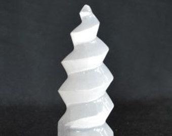 Selenite Crystal Unicorn Horn for meditation, healing & Reiki
