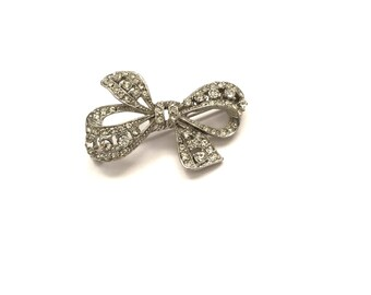 Pretty Vintage Rhinestone Paste Ribbon Bow Brooch