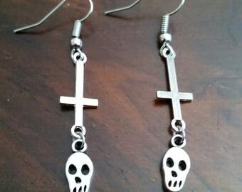 Satantic Skulls- Inverted Cross