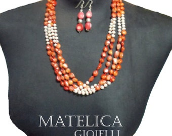 Stones coral: red coral necklace bamboo and pearls