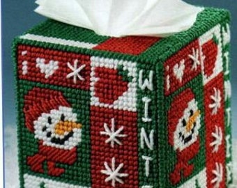 Cute Snowman Tissue Cover Pattern in Plastic Canvas