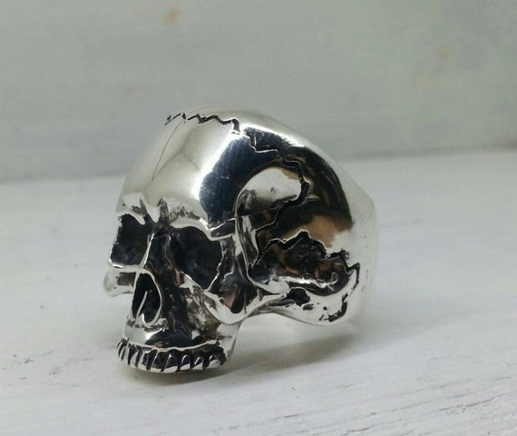solid sterling silver keith richards skull ring with realistic