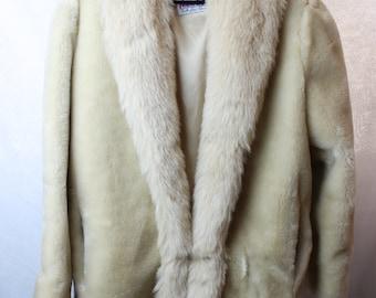 Monterey Faux Fur Jacket - Vintage Womens Fur Coat - Women's Size 14