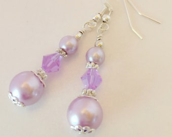 Lavender Pearl Bridesmaid Earrings Wedding Jewelry Purple Crystal Earrings Bridesmaid Gift Beaded Earrings Lavender Crystal Jewelry