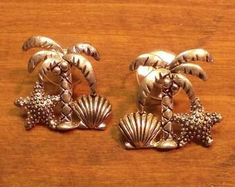 Tropical Palm Tree Earrings~ Silvertone, Pierced Style