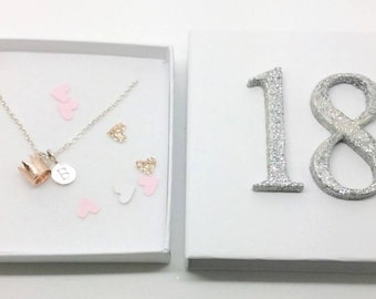 rose gold crown necklace