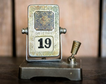 Vintage Perpetual Calendar Desktop Calendar Pen Holder - Mid Century Revolving Flip Calendar - Vintage Antique Desk Office Decor Gift Him