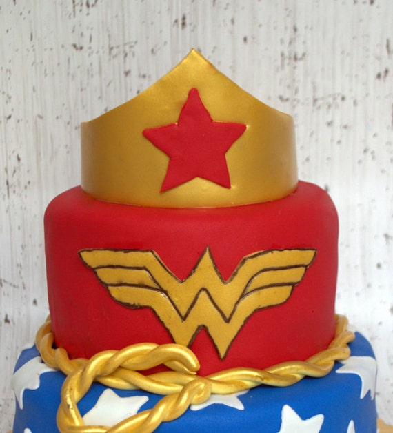 Wonder Woman Crown Cake Topper