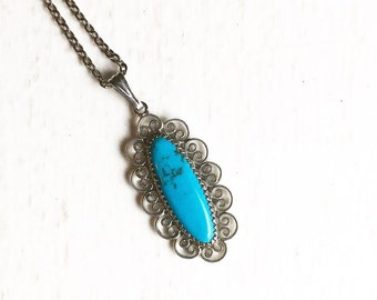 Ladies Turquoise Pendant Necklace