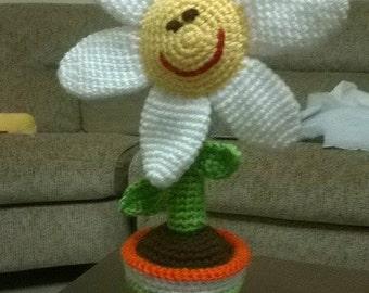 Vase with wool crochet Daisy