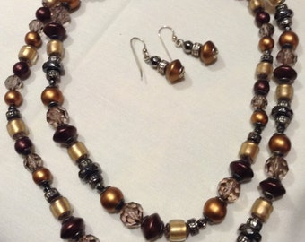 LIZ CLAIBORNE Beaded Parure Necklace Set, LC Beaded Flapper Necklace Set