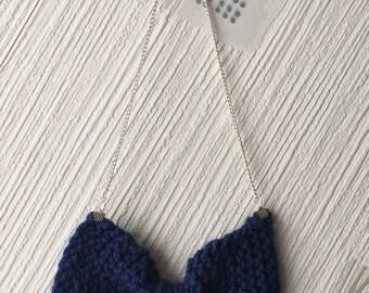 Bowtie navy blue