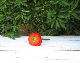 Flower Pen / Red Orange Ranunculus Flower Pen / Wedding Guest Book Pen / Tomato Red Flower Pens