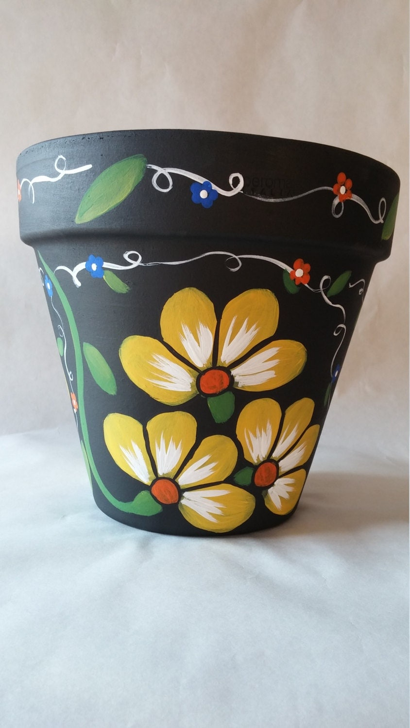 clay pot hand painted pot painted flower pot yellow flower. Black Bedroom Furniture Sets. Home Design Ideas