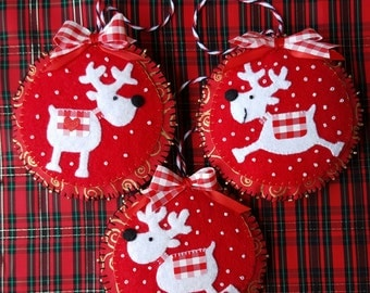Felt Reindeer Ornaments-Red and White Reindeer Christmas ornamentS w plaid accent-Handmade Reindeer Christmas tree ornaments-THREE ORNAMENTS